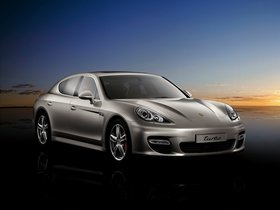 Ver foto 38 de Porsche Panamera Turbo 2009