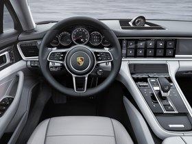 Ver foto 12 de Porsche Panamera Turbo Executive 971 2016