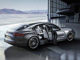 Ver foto 5 de Porsche Panamera Turbo Executive 971 2016