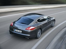 Ver foto 20 de Porsche Panamera Turbo S 2011