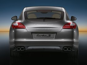 Ver foto 12 de Porsche Panamera Turbo S 2011