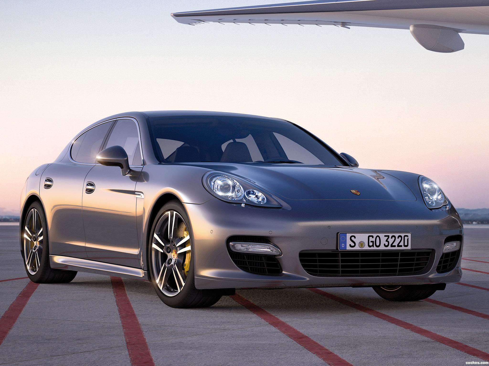 Foto 0 de Porsche Panamera Turbo S 2011