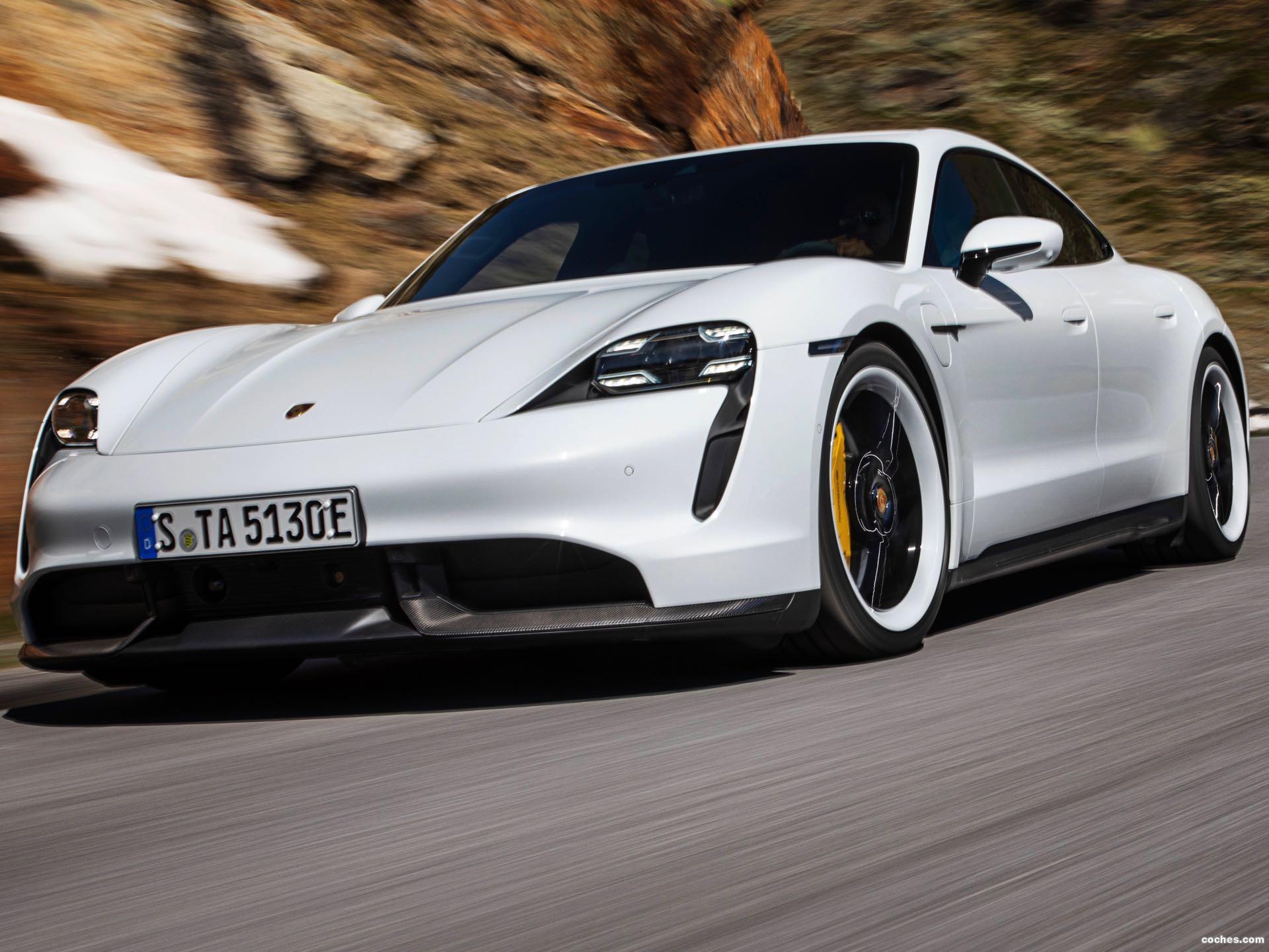 Foto 2 de Porsche Taycan Turbo S 2019