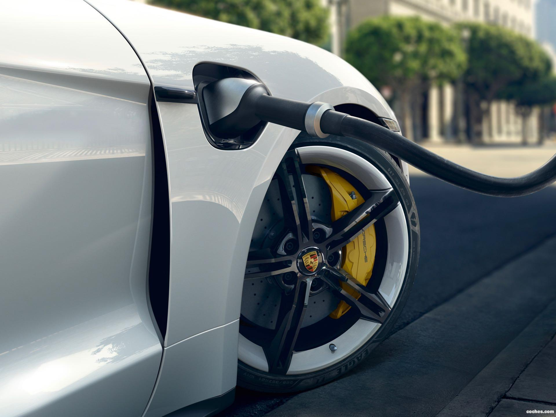 Foto 6 de Porsche Taycan Turbo S 2019