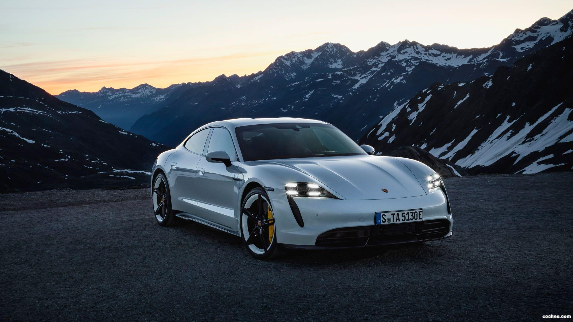 Foto 0 de Porsche Taycan Turbo S 2019