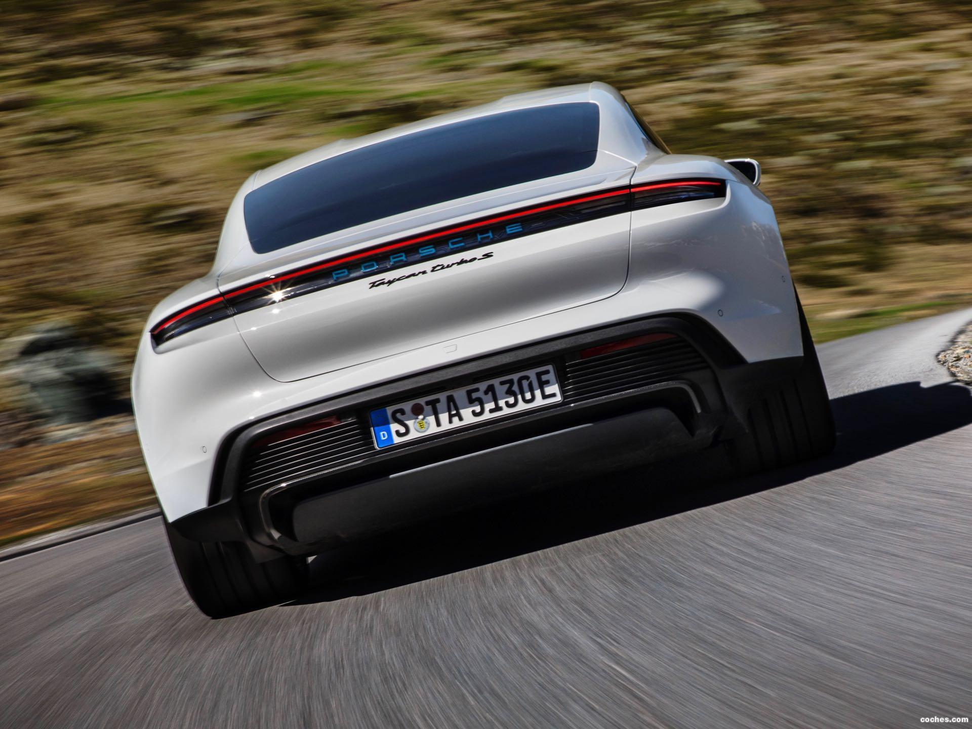 Foto 4 de Porsche Taycan Turbo S 2019