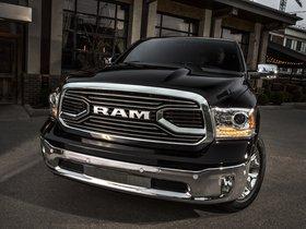 Ver foto 1 de RAM 1500 Laramie Limited Crew Cab 2015