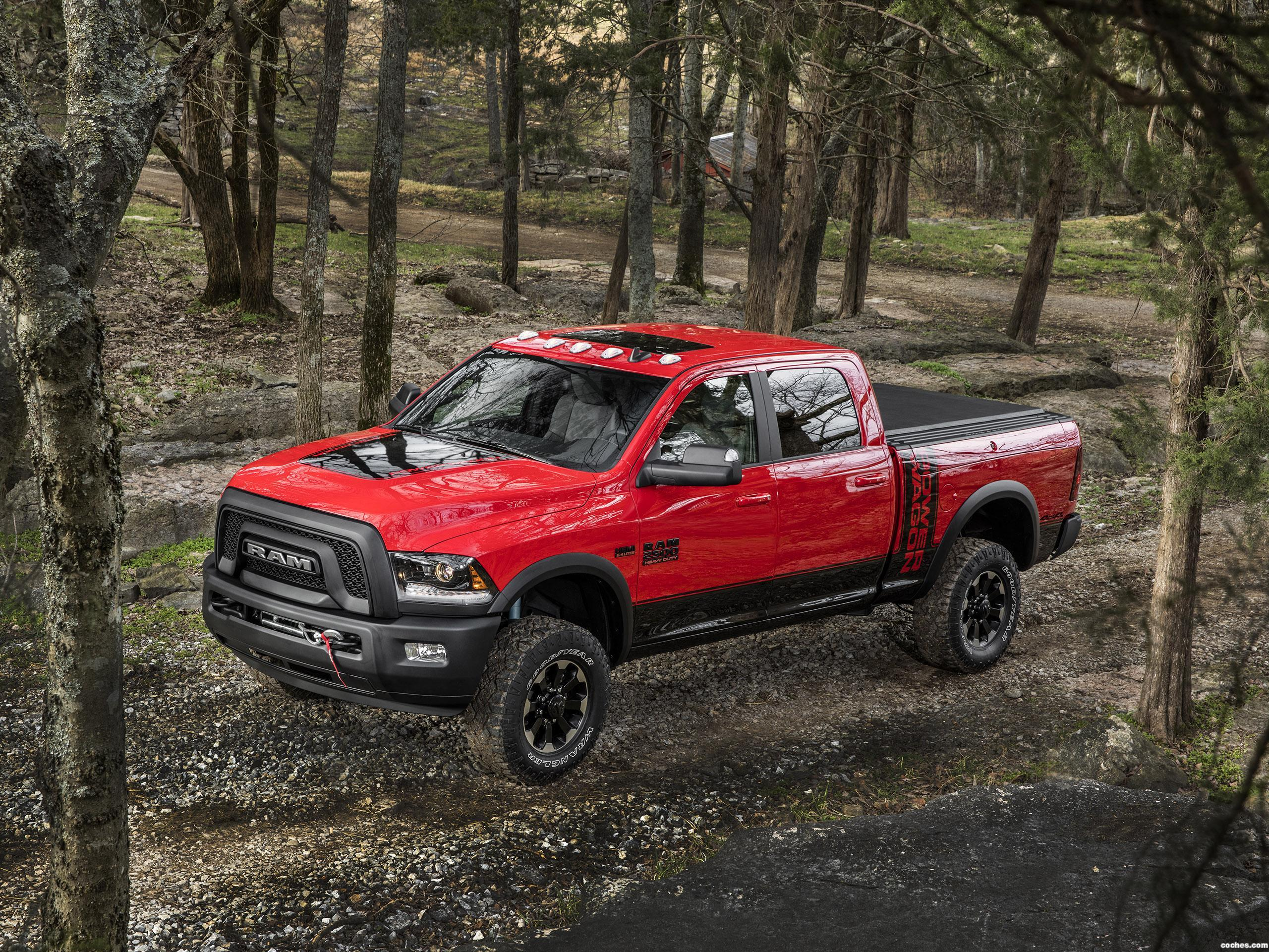 Foto 17 de RAM 2500 Power Wagon Crew Cab 2016