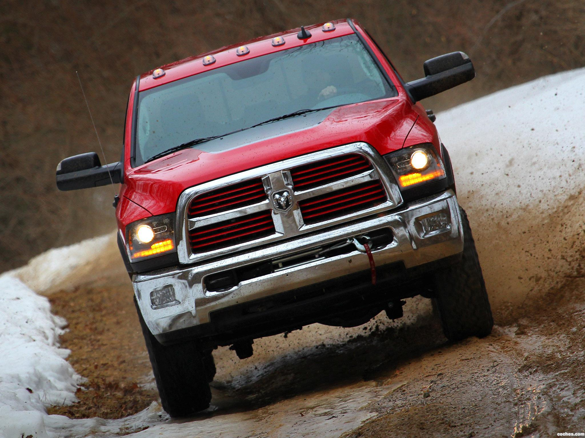 Foto 1 de RAM 2500 Power Wagon Heavy Duty 2014