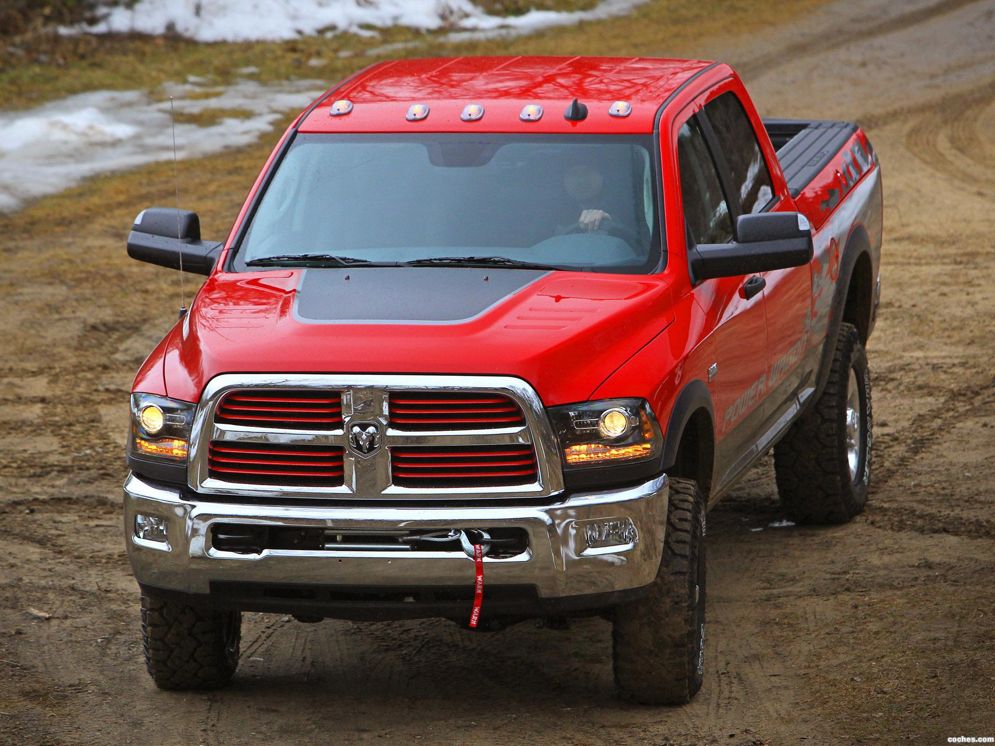 Foto 12 de RAM 2500 Power Wagon Heavy Duty 2014