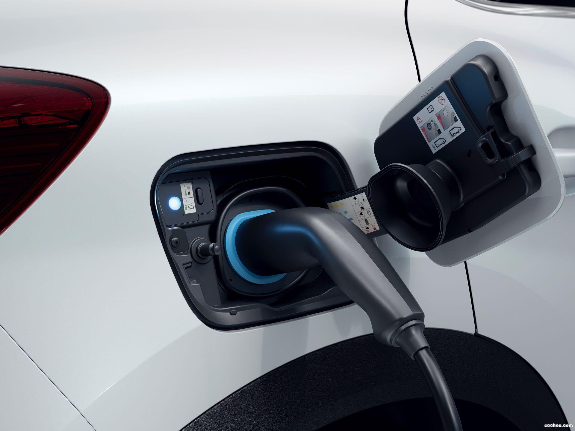Foto 10 de Renault Captur E-Tech 2020