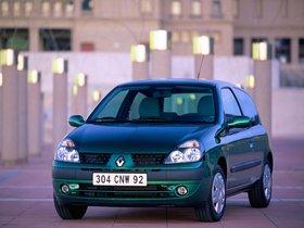 Ver foto 5 de Renault Clio II 3 puertas 2001