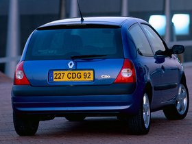 Ver foto 4 de Renault Clio II 3 puertas 2001