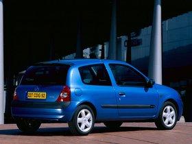 Ver foto 3 de Renault Clio II 3 puertas 2001