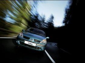 Ver foto 2 de Renault Clio II 2001
