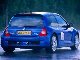 Ver foto 2 de Renault Clio II GT 2003