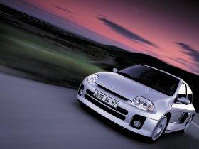 Ver foto 3 de Renault Clio II V6 Sport 2000