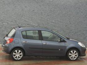 Ver foto 19 de Renault Clio III 2005
