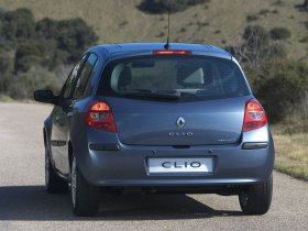 Ver foto 14 de Renault Clio III 2005