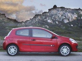 Ver foto 13 de Renault Clio III 2005
