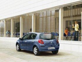 Ver foto 10 de Renault Clio III 2005