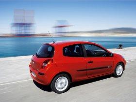 Ver foto 3 de Renault Clio III 2005