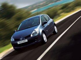 Ver foto 32 de Renault Clio III 2005