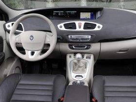 Ver foto 34 de Renault Grand Scenic 2009