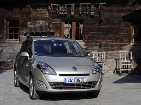 Ver foto 11 de Renault Grand Scenic 2009