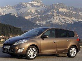 Ver foto 2 de Renault Grand Scenic 2009