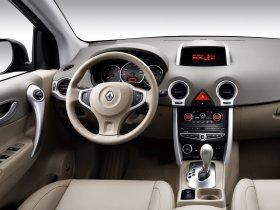 Ver foto 13 de Renault Koleos 2008