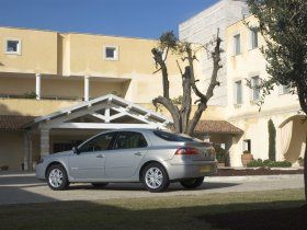 Ver foto 3 de Renault Laguna 2005