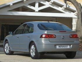 Ver foto 2 de Renault Laguna 2005