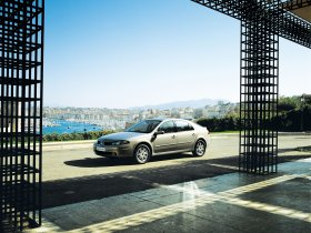 Ver foto 12 de Renault Laguna 2005