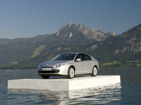 Ver foto 18 de Renault Laguna 5 puertas 2007