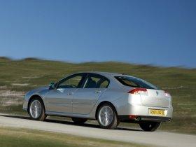 Ver foto 5 de Renault Laguna 5 puertas 2007