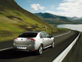 Ver foto 32 de Renault Laguna 5 puertas 2007