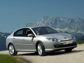 Ver foto 29 de Renault Laguna 5 puertas 2007