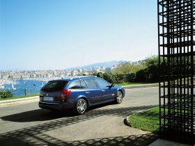 Ver foto 11 de Renault Laguna Combi 2005