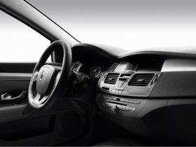 Ver foto 26 de Renault Laguna Coupe 2008