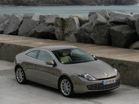 Ver foto 11 de Renault Laguna Coupe 2008