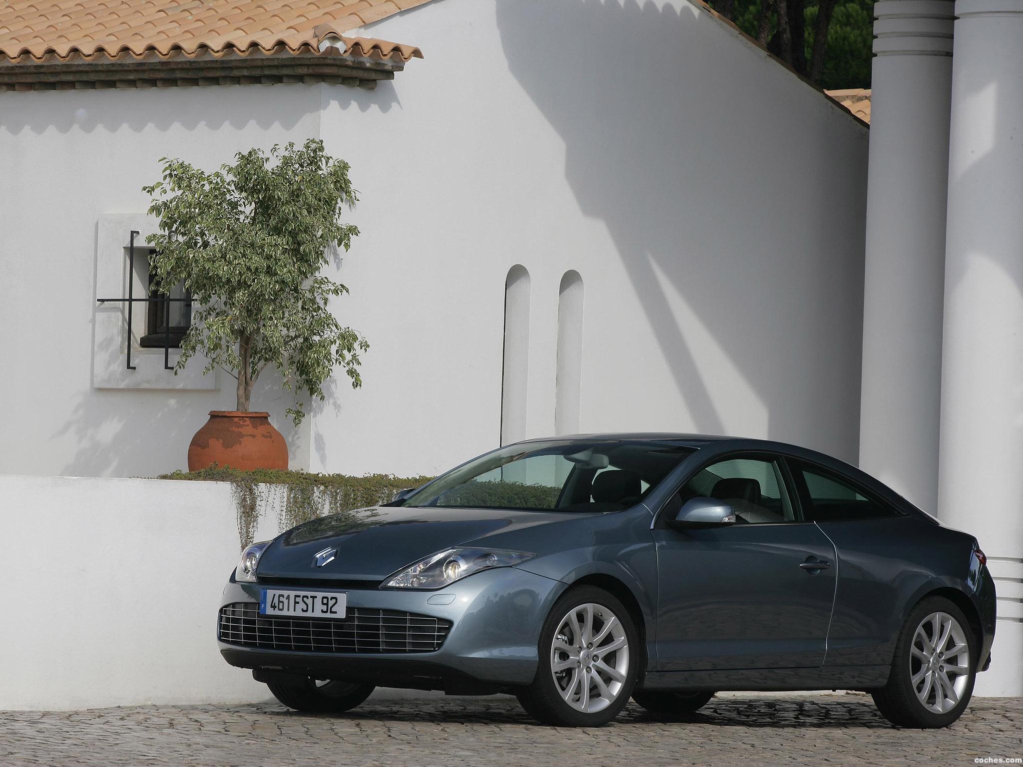 Foto 15 de Renault Laguna Coupe 2008