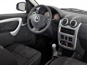 Ver foto 29 de Renault Logan 2009