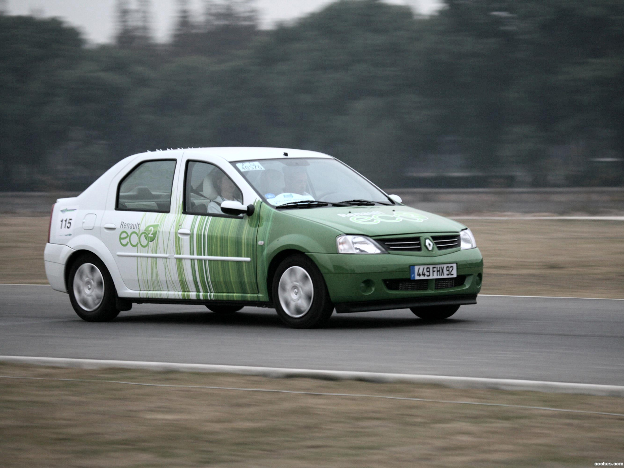 Foto 0 de Renault Logan Eco-2 Concept 2007