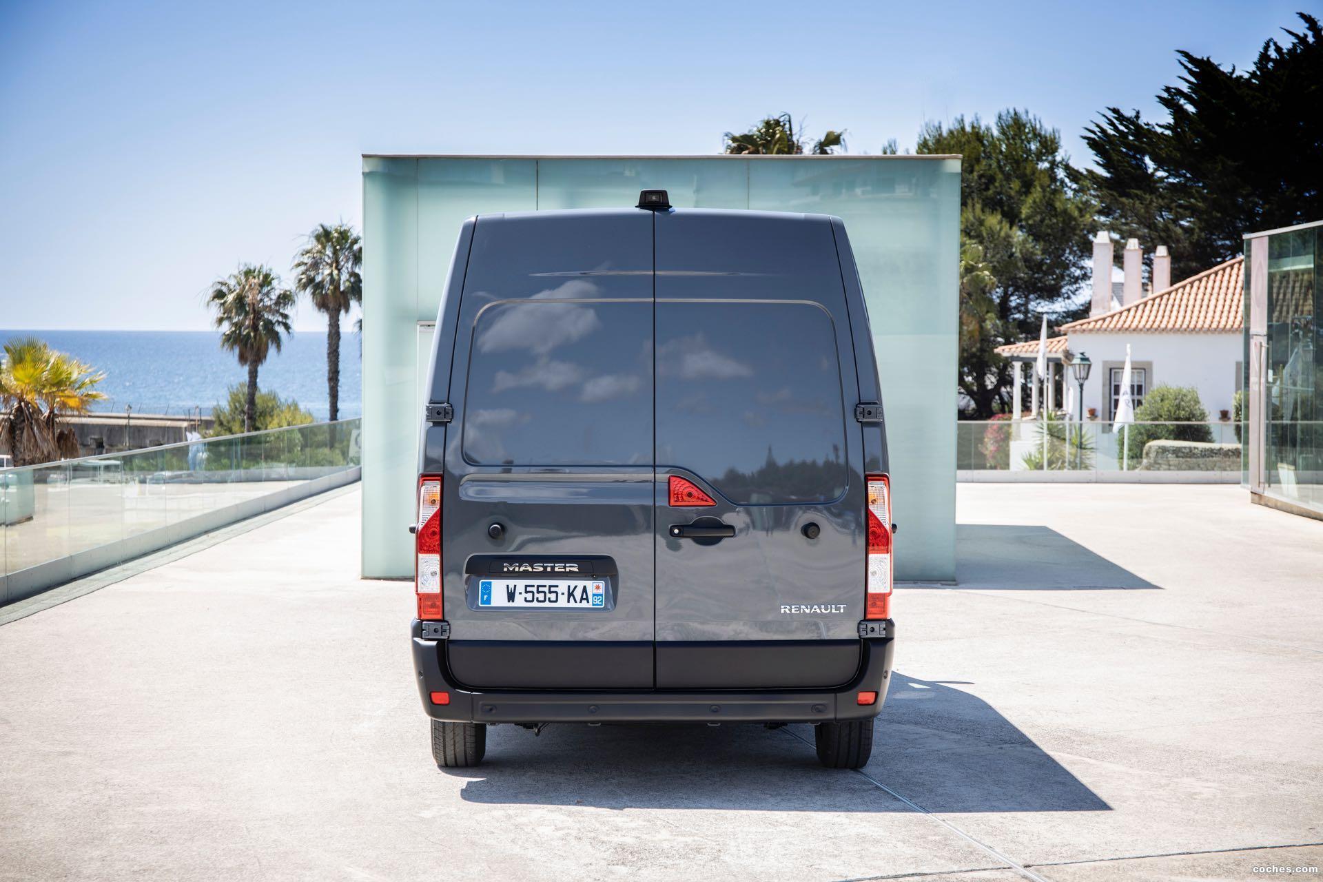 Foto 10 de Renault Master Furgón L2H2   2019
