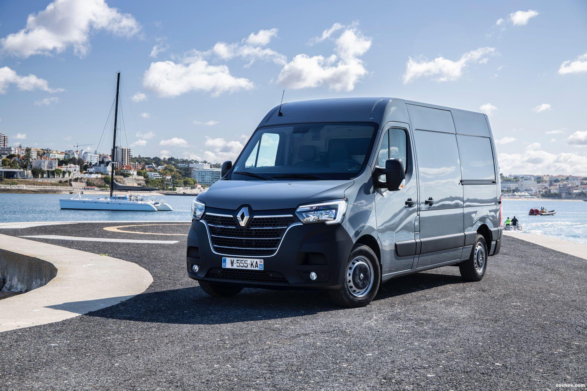 Foto 3 de Renault Master Furgón L2H2   2019