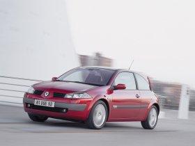 Ver foto 2 de Renault Megane 3 puertas 2002