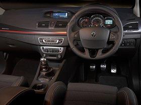 Ver foto 19 de Renault Megane Estate GT 220 Australia 2013