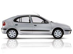 Ver foto 4 de Renault Megane Hatchback 1999