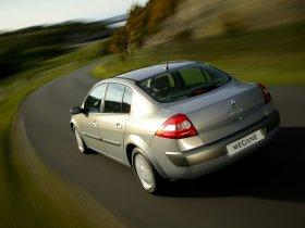 Ver foto 3 de Renault Megane Limusine 2006